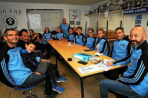 les-membres-du-team-lm-endurance-reunis-dimanche-pour-les_4208201_496x330p